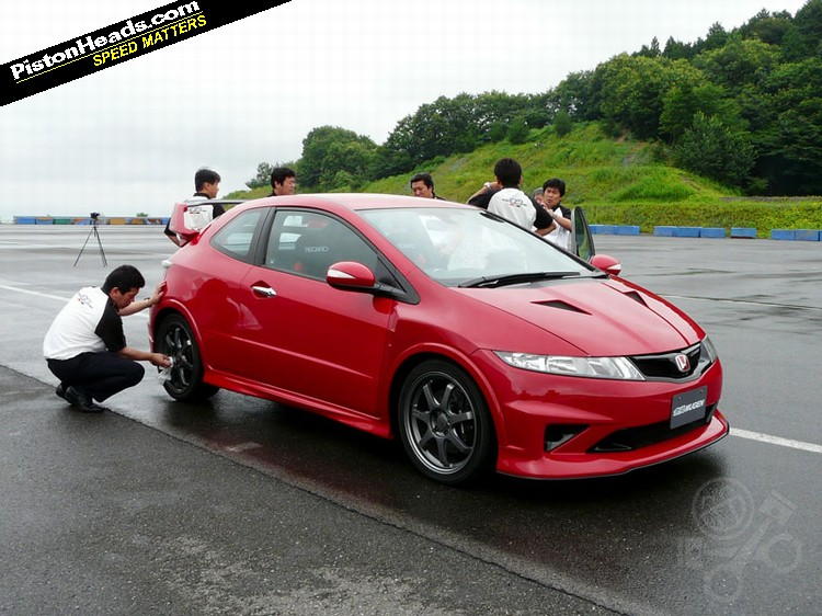 Civic Type R Awd >> New Civic Type-R - Page 3